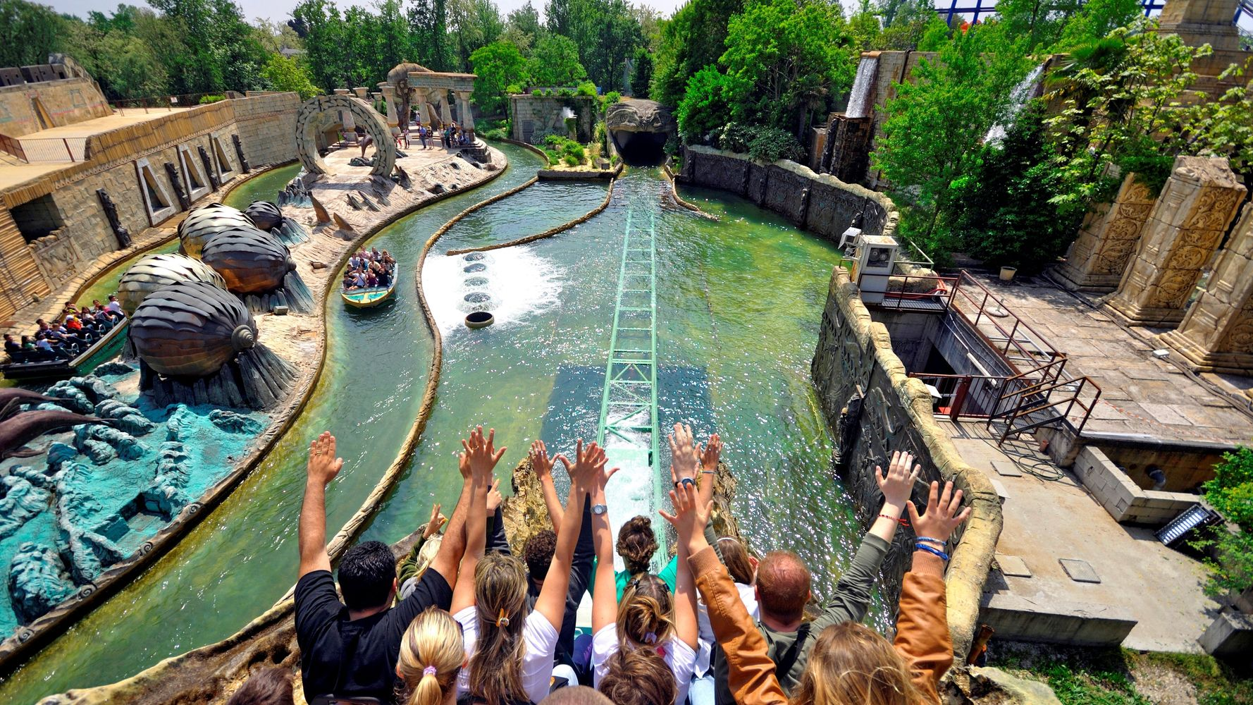 19 Lesser-Known Amusement Parks Worth Visiting Around The World