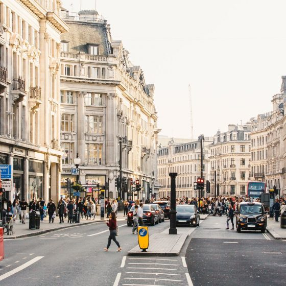 25 Mistakes Tourists Make While Visiting London