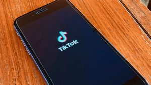 Italy Puts Age Block On TikTok Following Death Of 10-Year-Old Girl