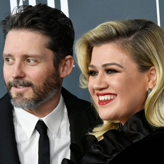 Kelly Clarkson Must Pay Ex-Husband Nearly $200,000 A Month Amid Divorce
