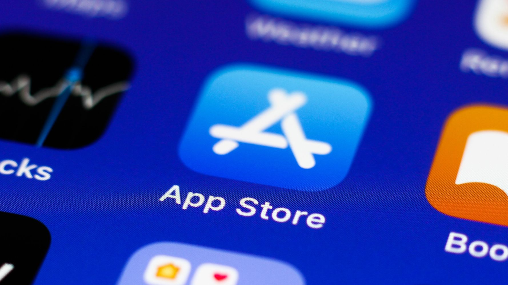 Apple Concedes To Antitrust Concerns, Changes Payment Rules